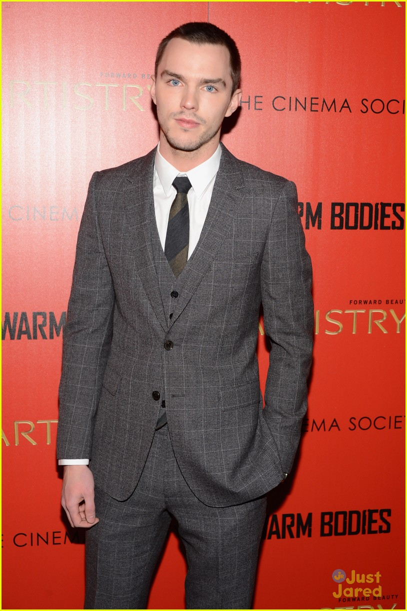 teresa palmer nicholas hoult warm bodies nyc 04