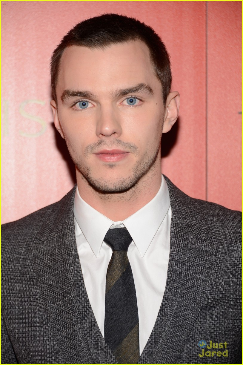 teresa palmer nicholas hoult warm bodies nyc 11