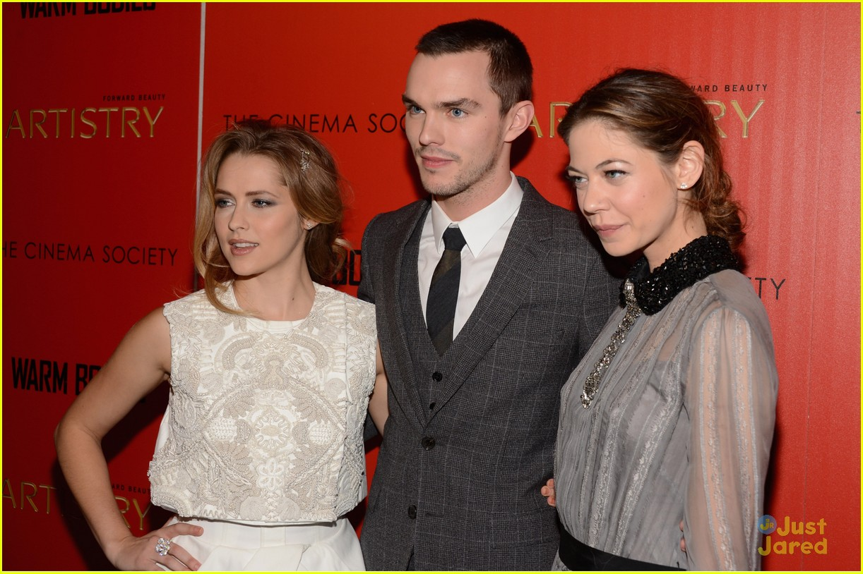 teresa palmer nicholas hoult warm bodies nyc 17