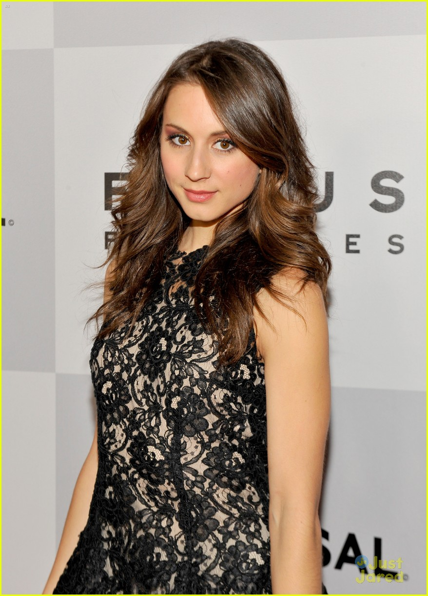troian bellisario gg party patrick adams 13
