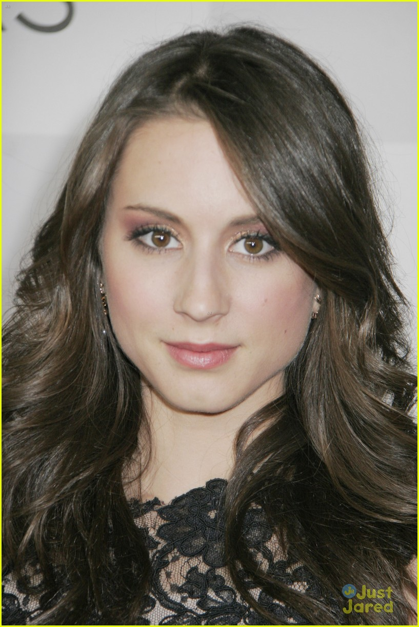 troian bellisario gg party patrick adams 15