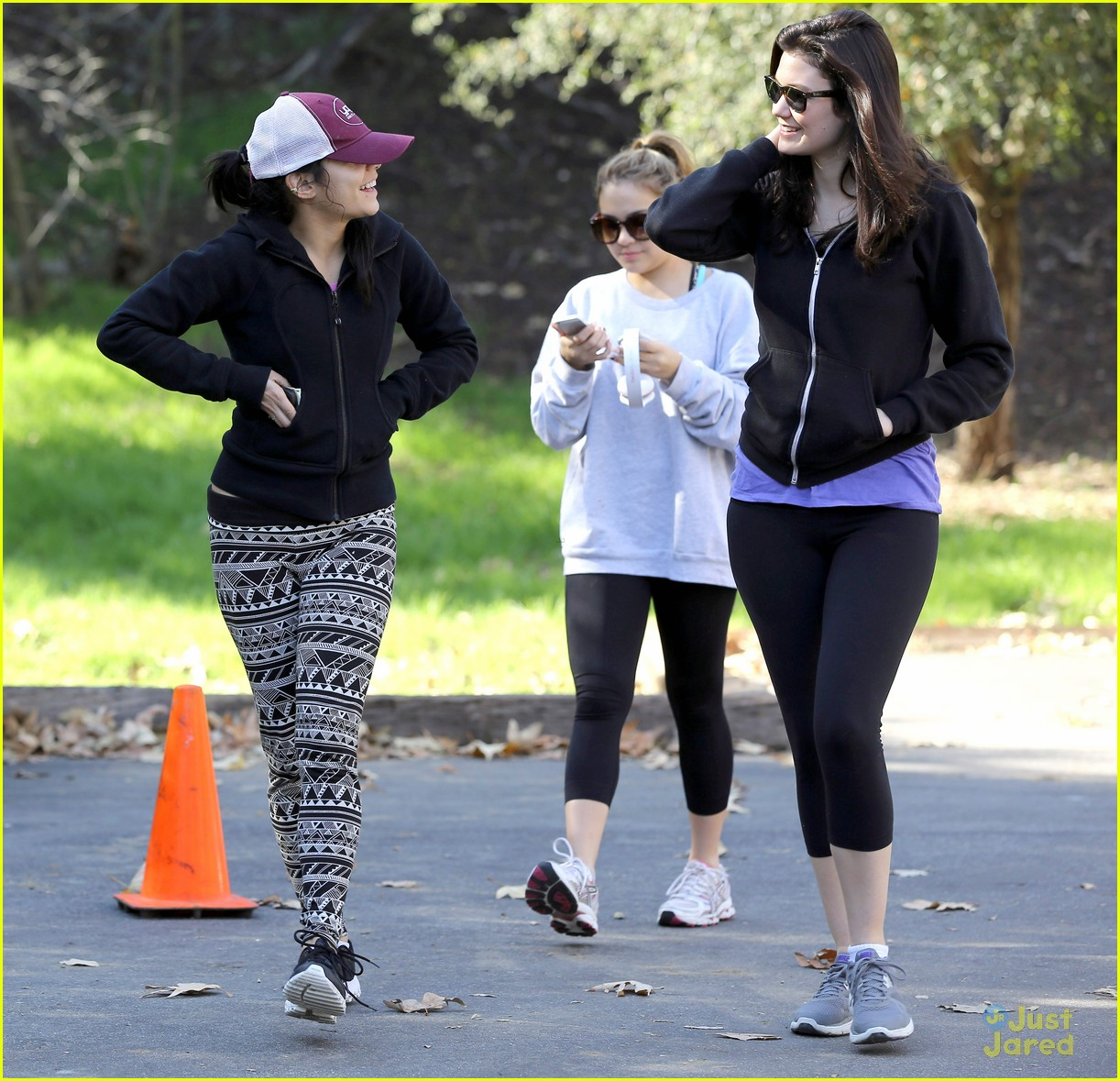 vanessa hudgens hike stella friend 15