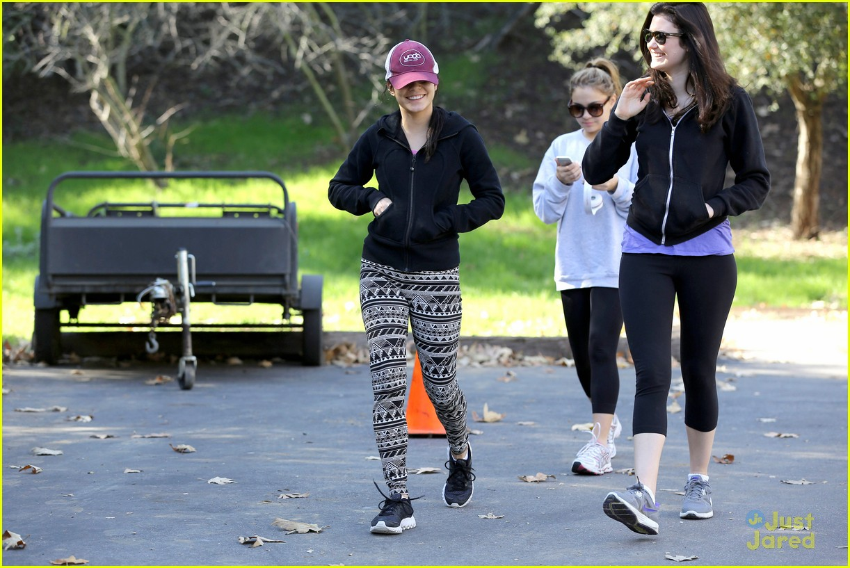vanessa hudgens hike stella friend 17