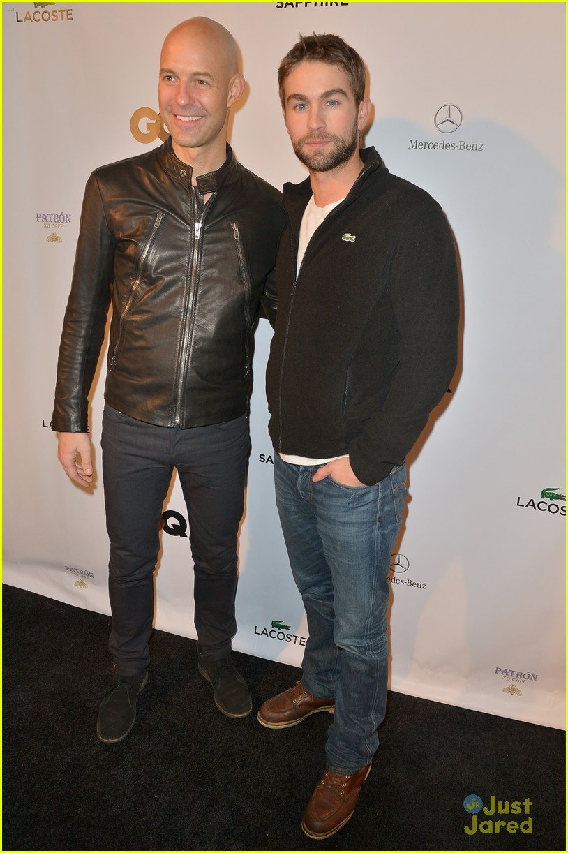 chace crawford super bowl saturday night 02