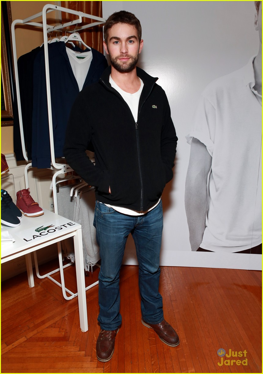 chace crawford super bowl saturday night 10