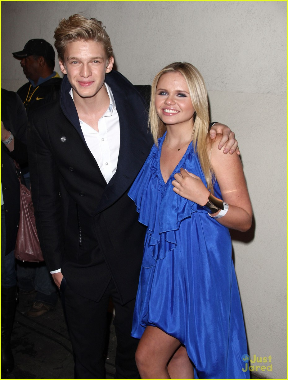 cody simpson friends family pregrammy 03