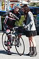Gomez-collins selena gomez lunch with lily collins 10