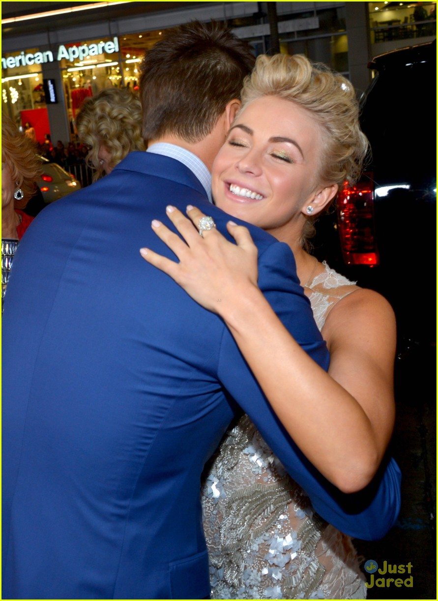 julianne hough haven premiere 01