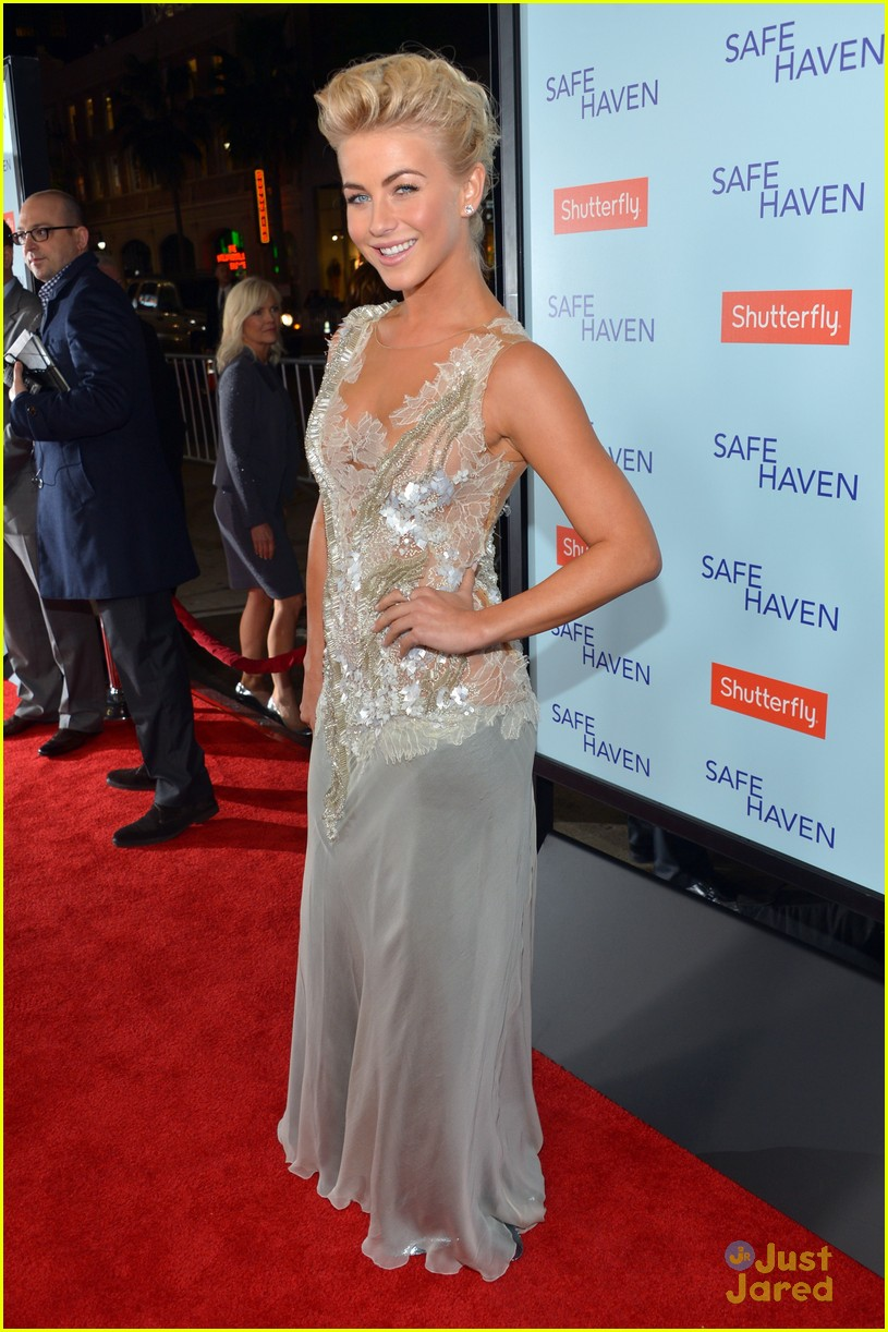 julianne hough haven premiere 02