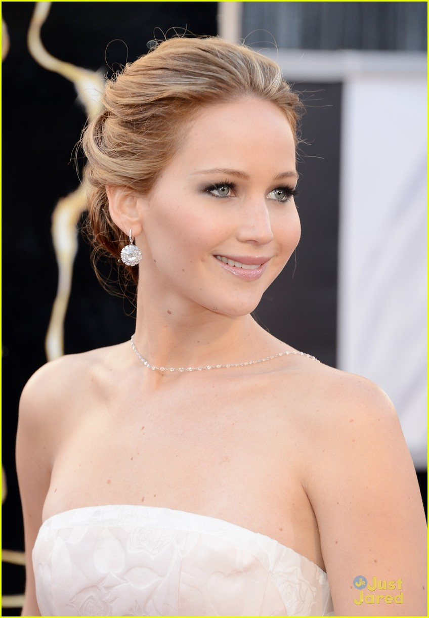 jennifer lawrence 2013 oscars 01