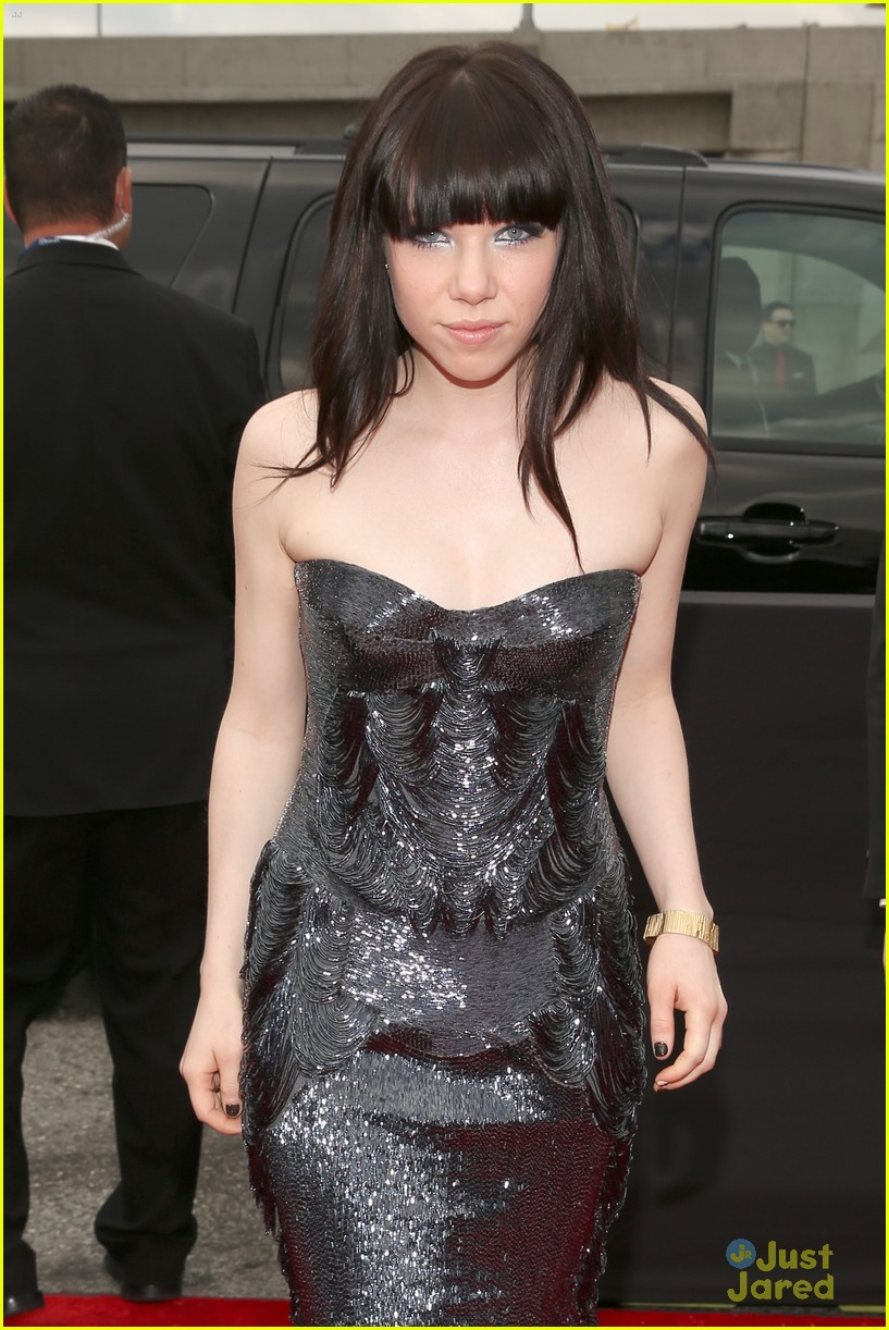 carly rae jepsen grammys 2013 01
