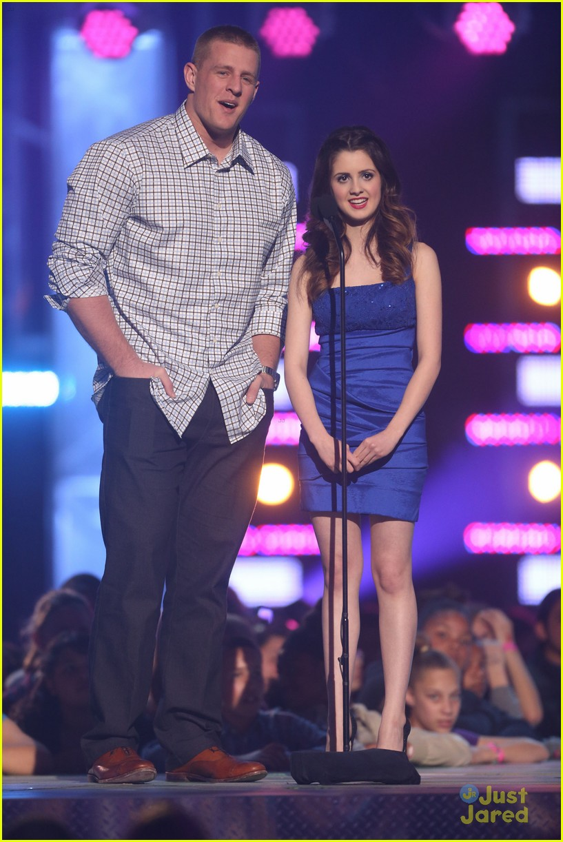 laura marano raini rico rodriguez hall game awards 07