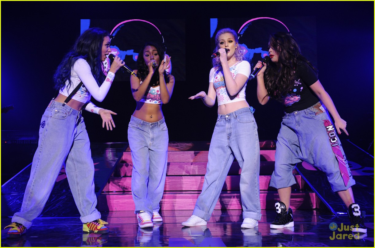 little mix wolverhampton concert 03