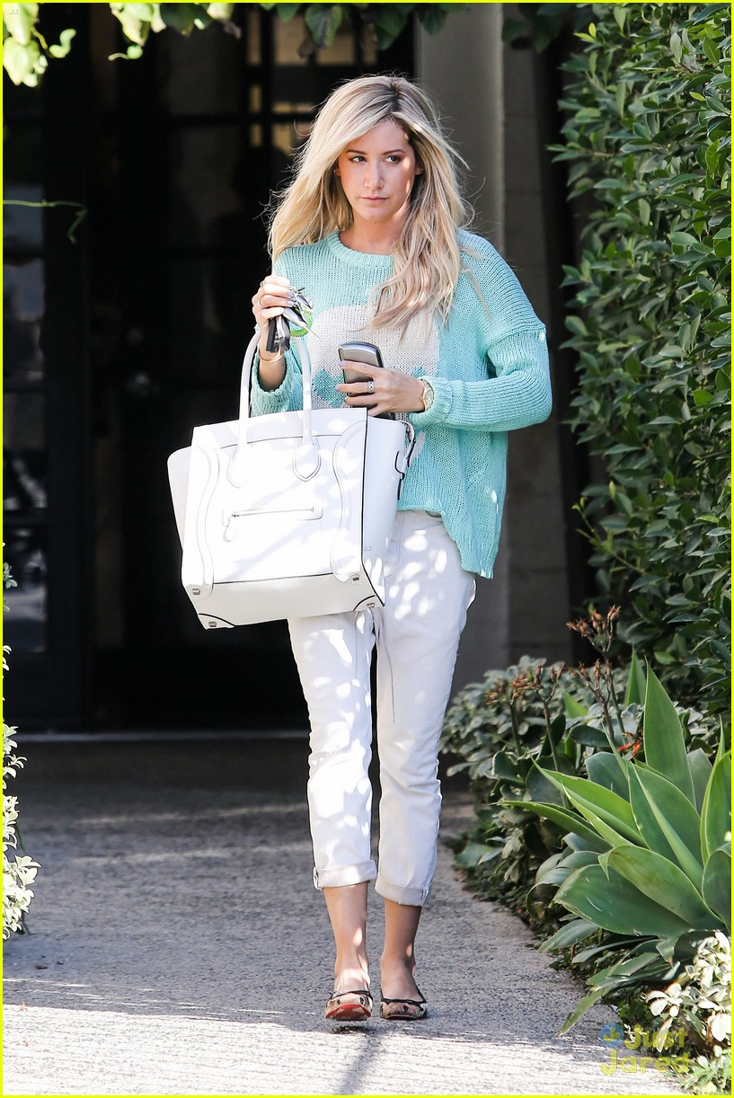 ashley tisdale salon lecompte 06