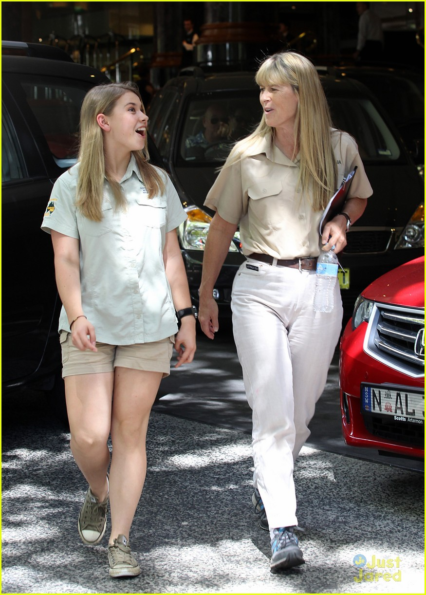 Bindi Irwin Mom