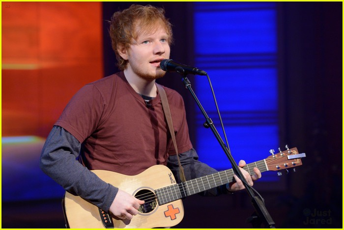 ed sheeran live kelly michael 02
