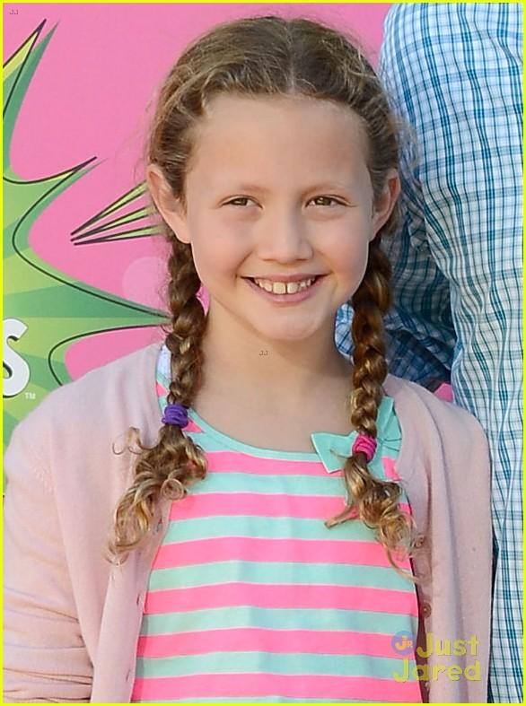 Maude  amp  Iris Apatow - Kids    Choice Awards 2013 Red CarpetIris Apatow 2013