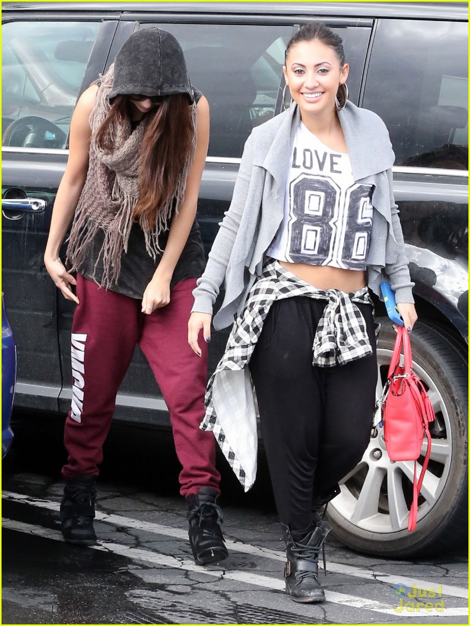 Francia Raisa And Selena Gomez Dancing Gomez Francia Raisa Dance