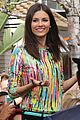 Vic-extra victoria justice extra appearance at the grove 09