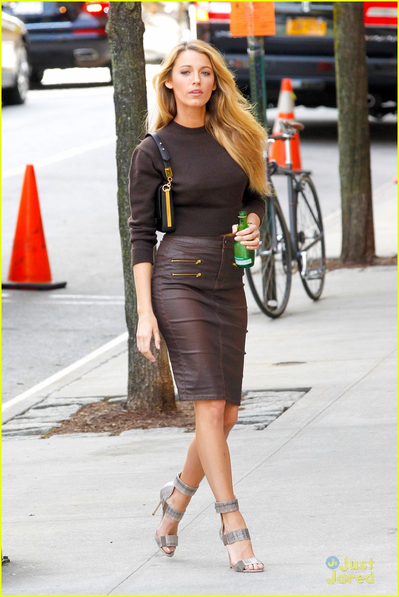 blake lively thigh boots shoot 01