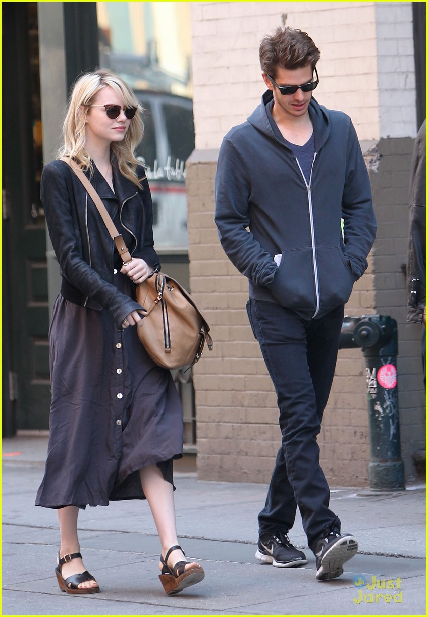 Emma Stone & Andrew Garfield: New York City Stroll | Photo ... Emma Stone Boyfriend