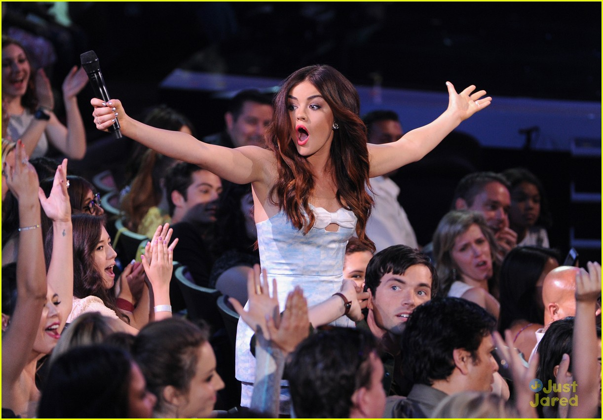 lucy hale hot hosting looks tcas 11