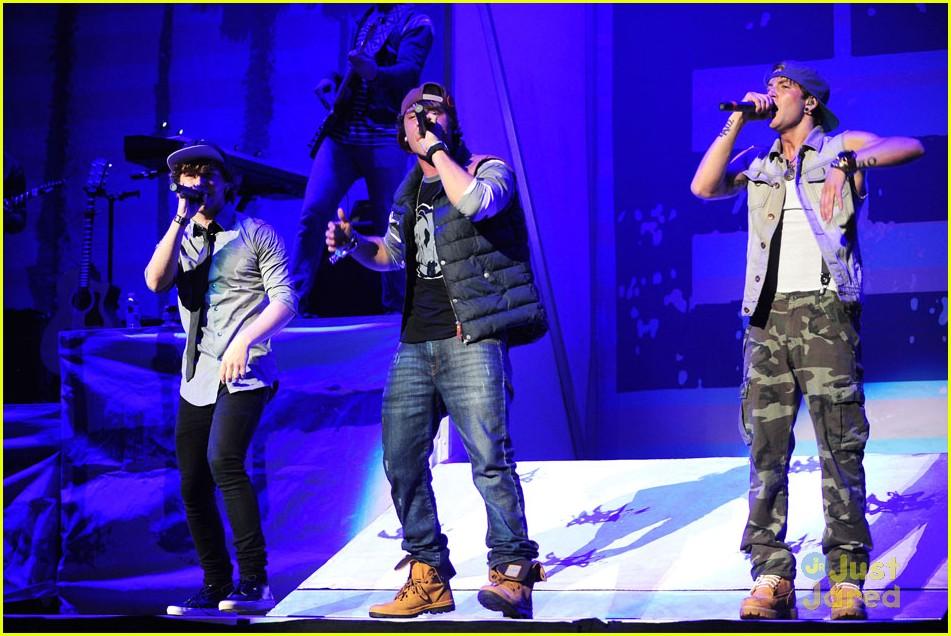 emblem3 brooklyn concert pics 25