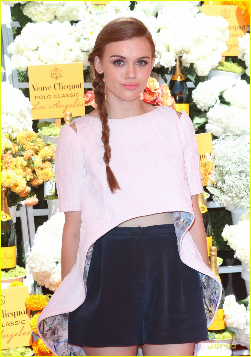 holland roden dating 2013 Tyler posey in 2018: still engaged to his fiancée seana gorlick how rich is he does tyler posey have tattoos does he smoke + body measurements & other facts.