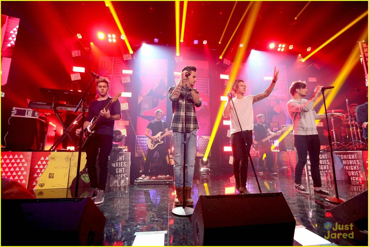Daydream Stars: One Direction: 'Midnight Memories' Album