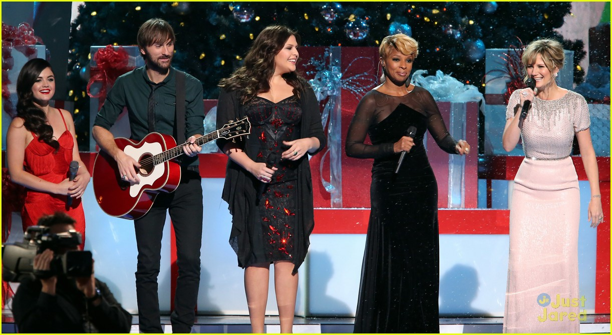 pics lucy hale on cmas country christmas special auto