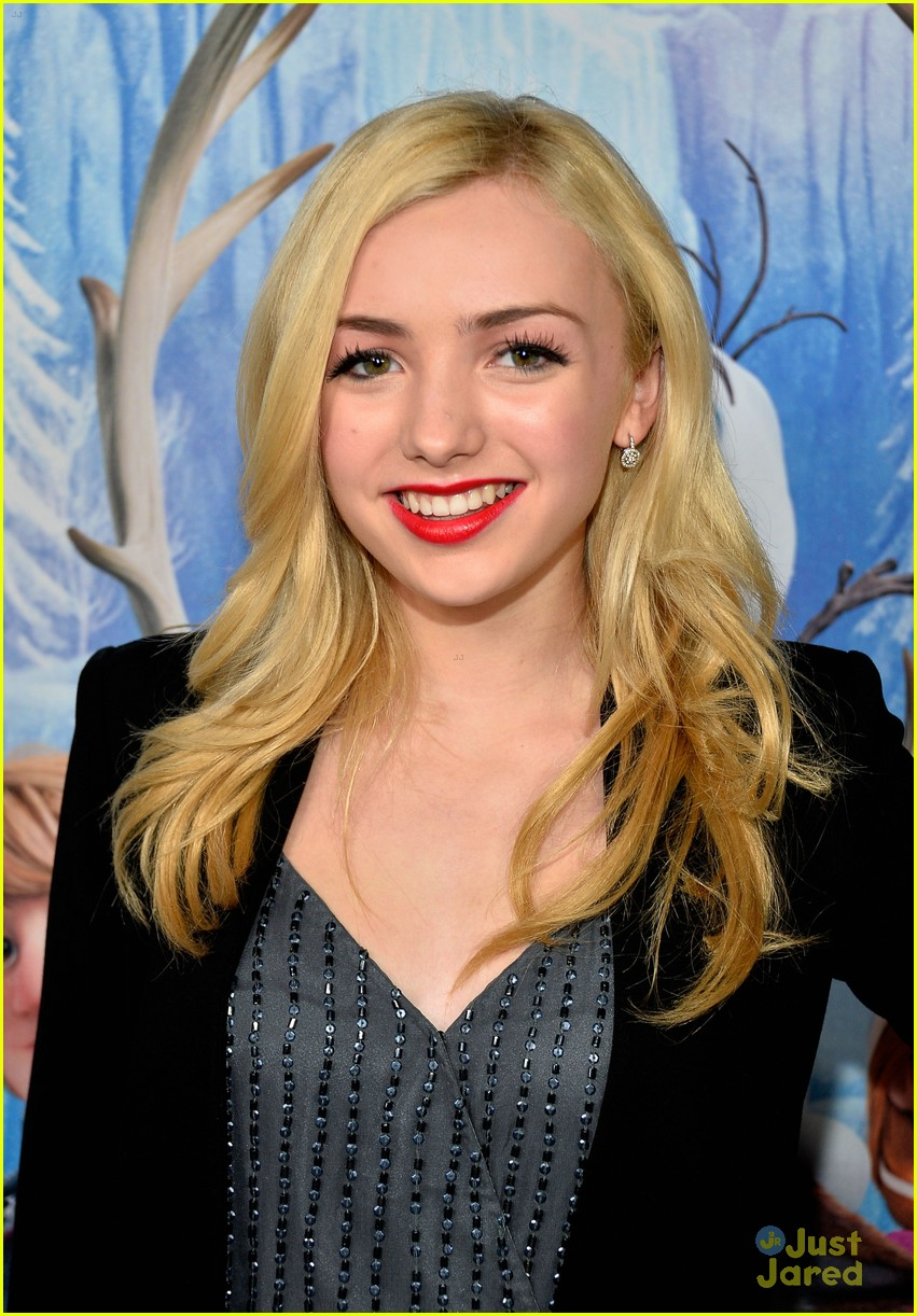 Peyton List Frozen Premiere Photo 619897 Photo Gallery Just Jared Jr