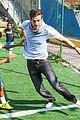Carver-brazil max carver daniel sharman bonding with fans in brazil 24
