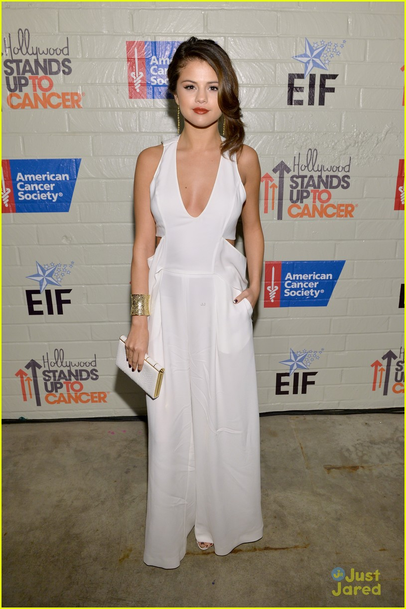 selena gomez cancer event 02