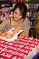 Kris-book kristin kreuk attends alex jones i am that girl book launch 04