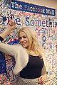 Pixie-signing pixie lott digital signing facebook hq 01