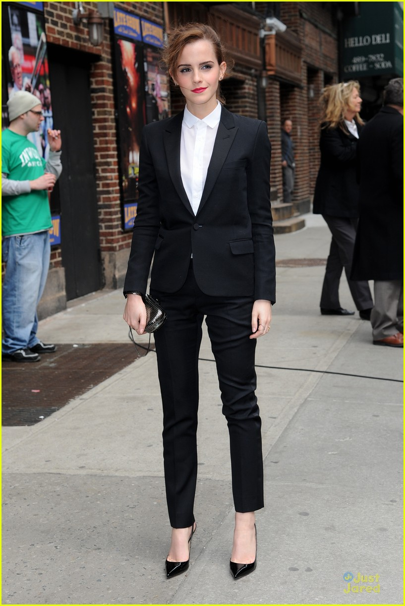 emma watson suit late show with david letterman 05