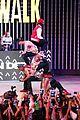 Jason-city jason derulo jordin sparks get cozy on stage 20