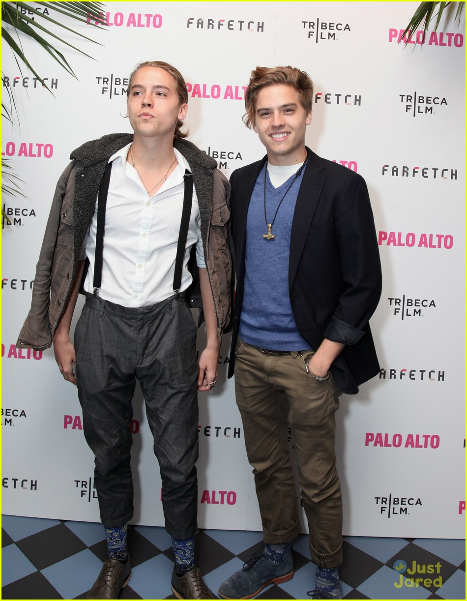 Dylan Amp Cole Sprouse Support Zoe Levin At Palo Alto