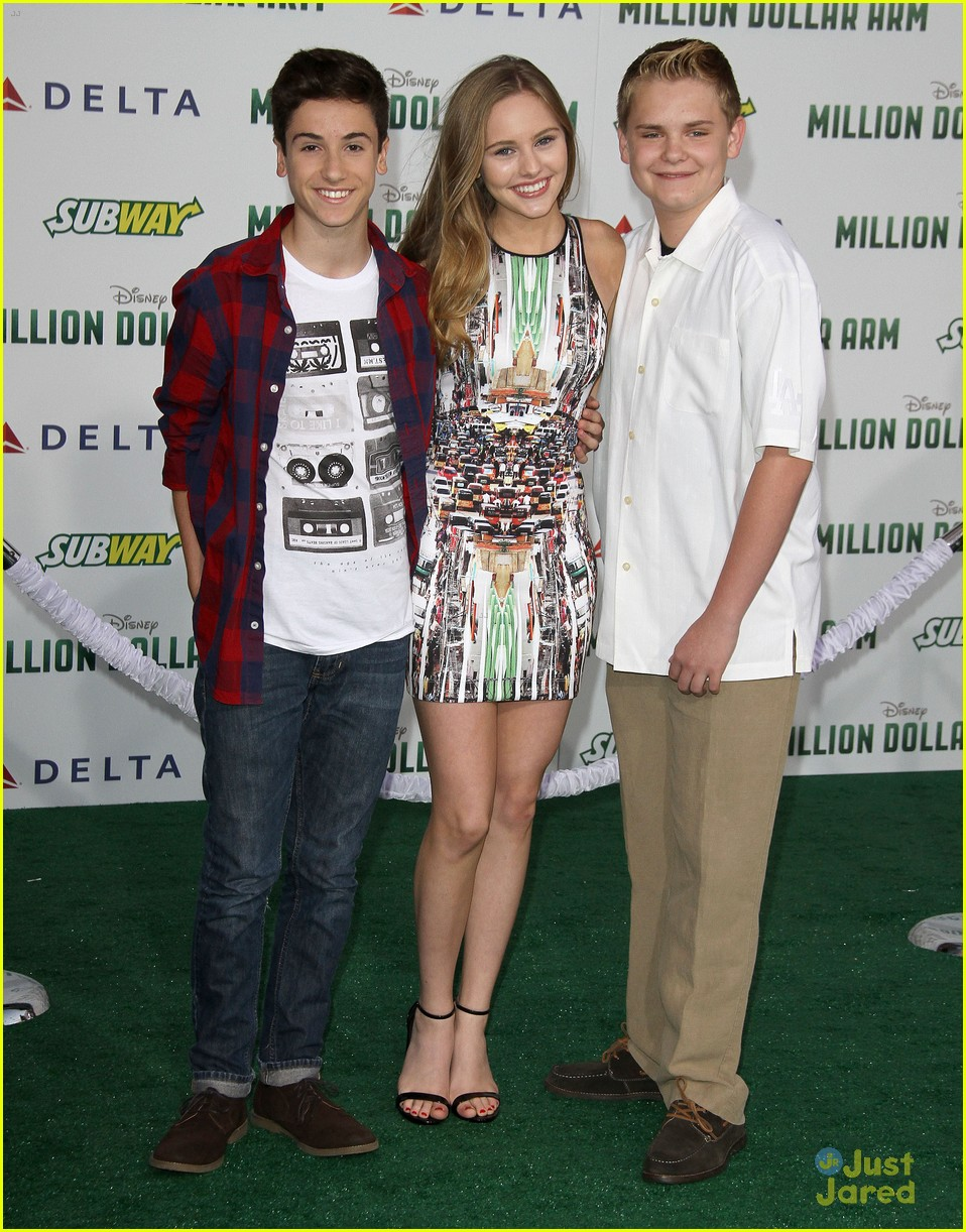 fallen cast earth to echo cast million dollar arm 03