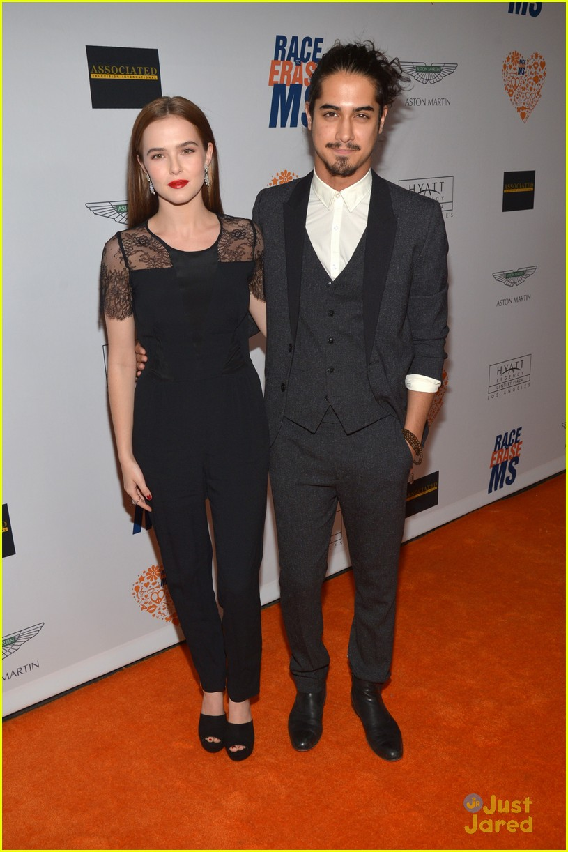 zoey deutch dating 2014 Lucy fry is an australian actress and a with on-screen best friends and bond mate, zoey deutch she was the runner-up of girlfriend magazine's model search.