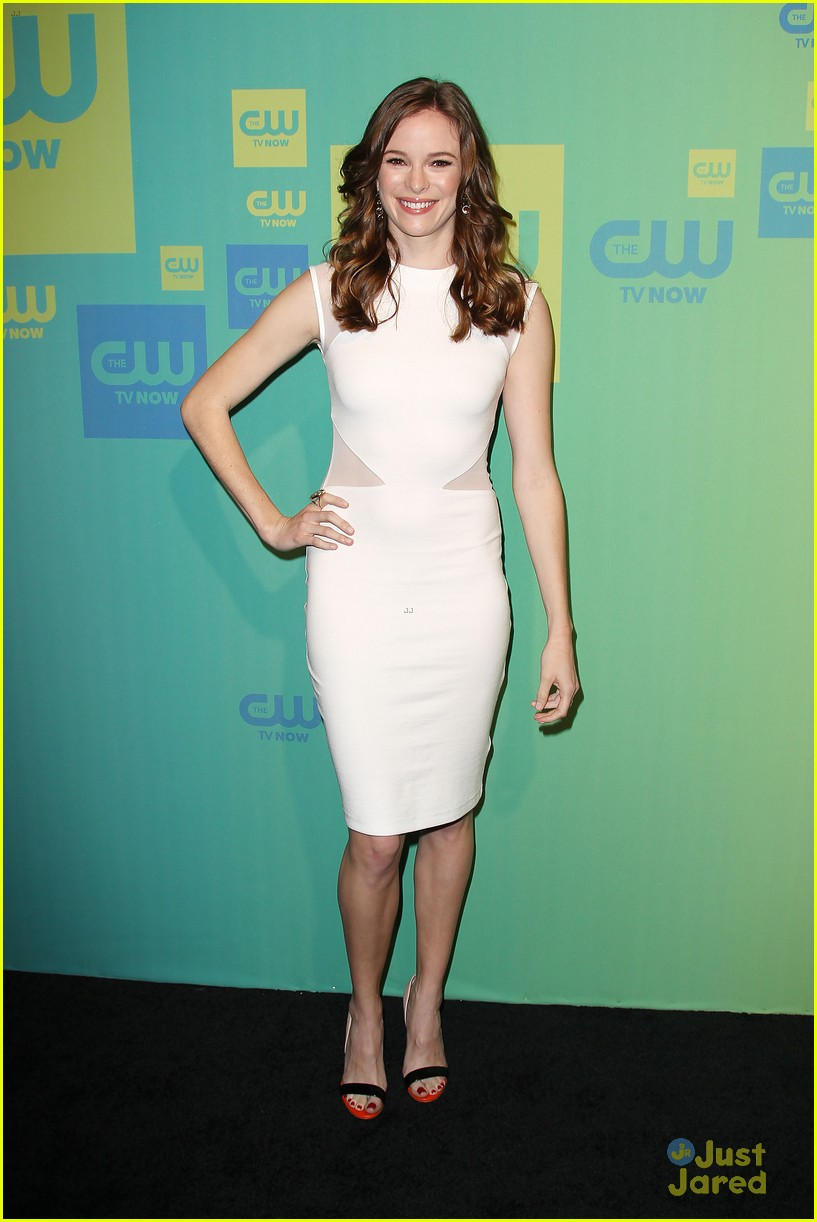 grant gustin danielle panabaker the flash upfronts 03