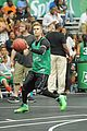 Justin-basket justin bieber chris brown bet celeb basketball game 07