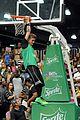 Justin-basket justin bieber chris brown bet celeb basketball game 15