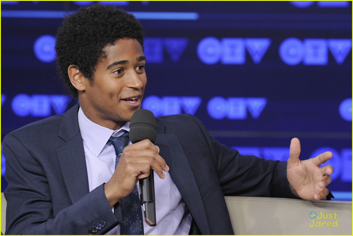 Dean Thomas Grew Up Good  Alfie Enoch Brings 'how To Get Away With Murder'  To Ctv Upfronts  Photo 683060  Photo Gallery  Just Jared Jr