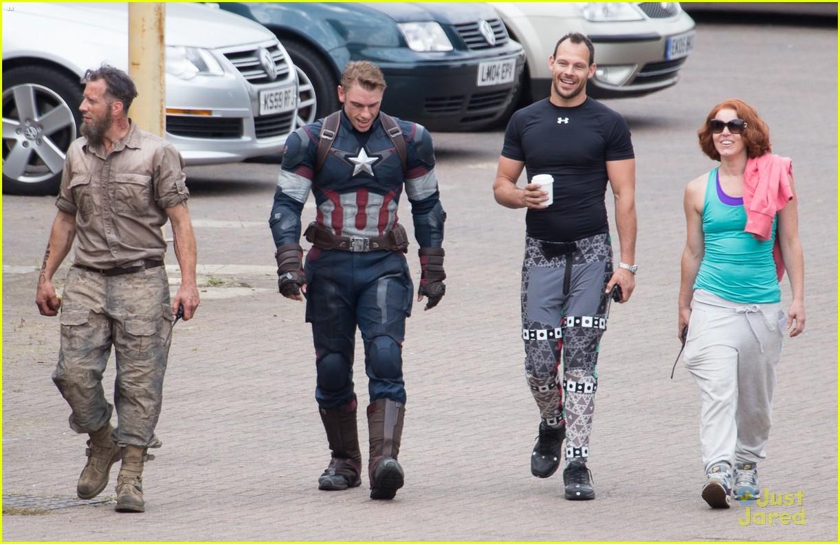 Aaron Taylor Johnson Avengers Age Of Ultron