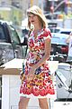 Swift-rosy taylor swift wildflower dress young fans nyc 05