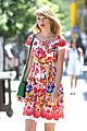 Swift-rosy taylor swift wildflower dress young fans nyc 09