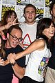 Bennet-comic elizabeth henstridge chloe bennet shield comic con 03