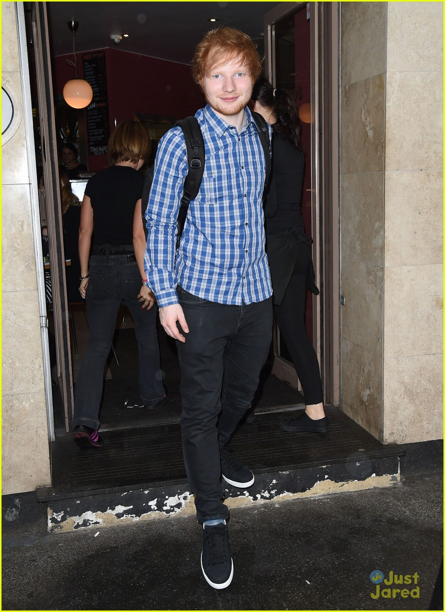 ed sheeran calls harry styles his anchor 08