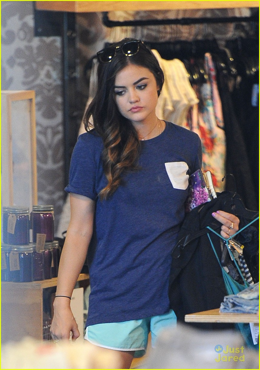 how to get lucy hale waves